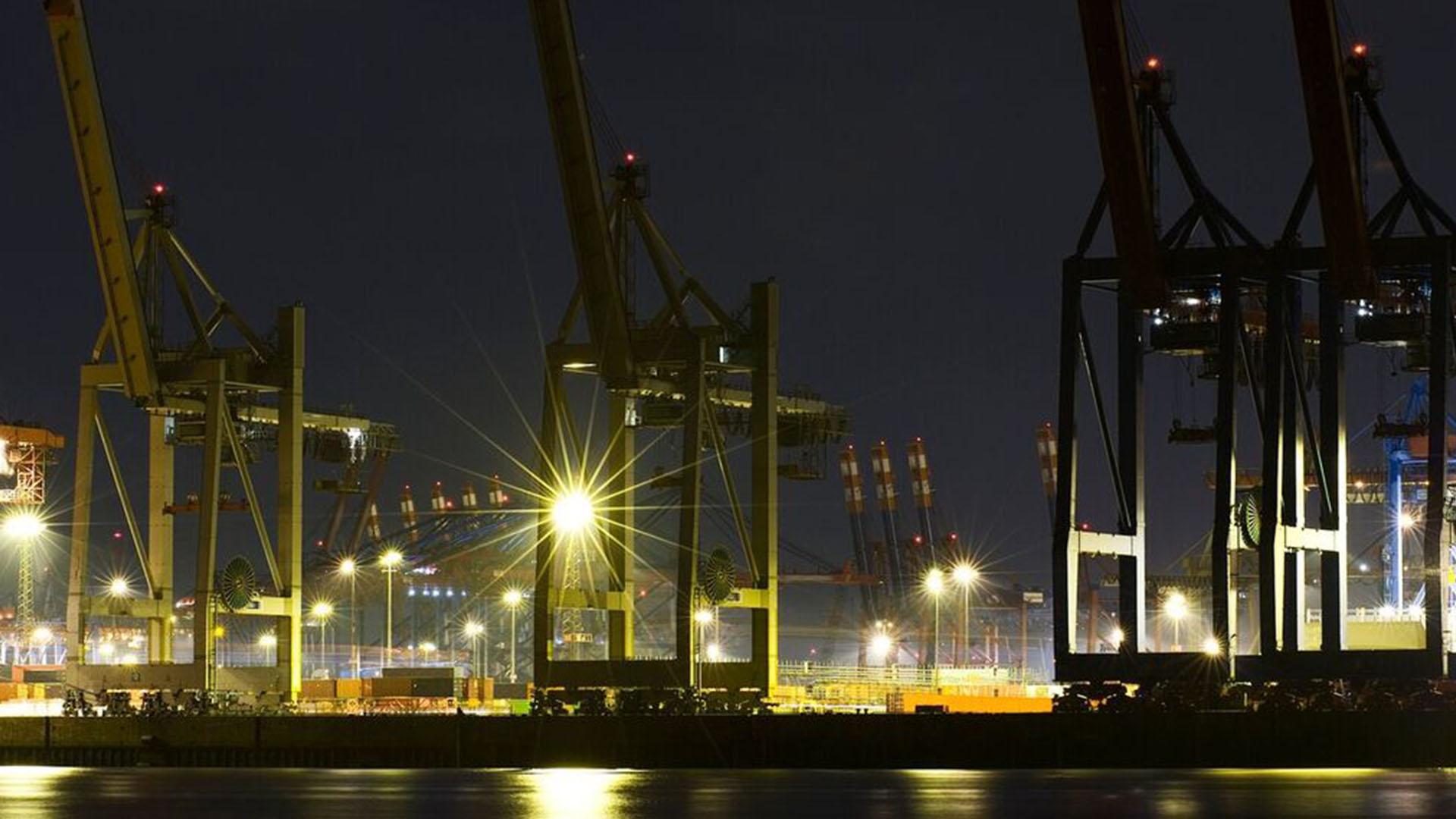 High Mast Pure Plasma Lighting